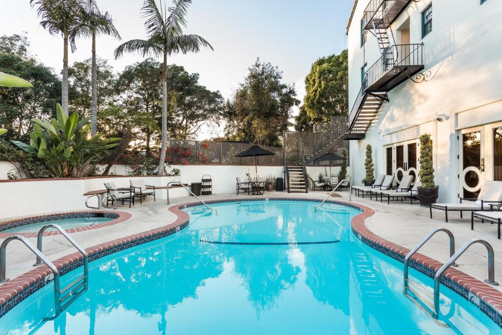 The swimming pool at or close to Montecito Inn