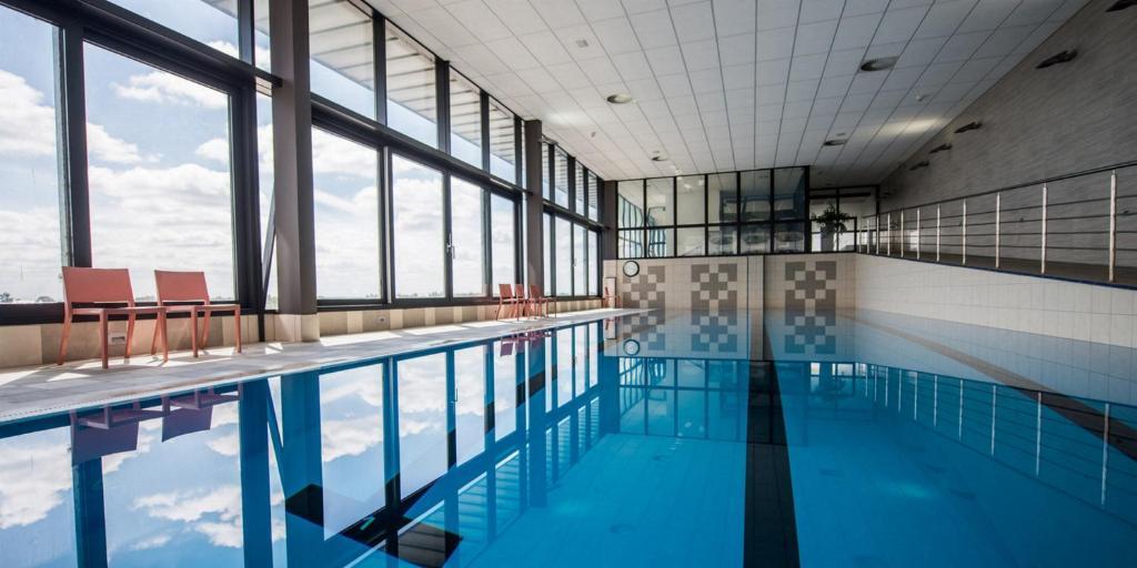 Der Swimmingpool an oder in der Nähe von Hotel Dolphin
