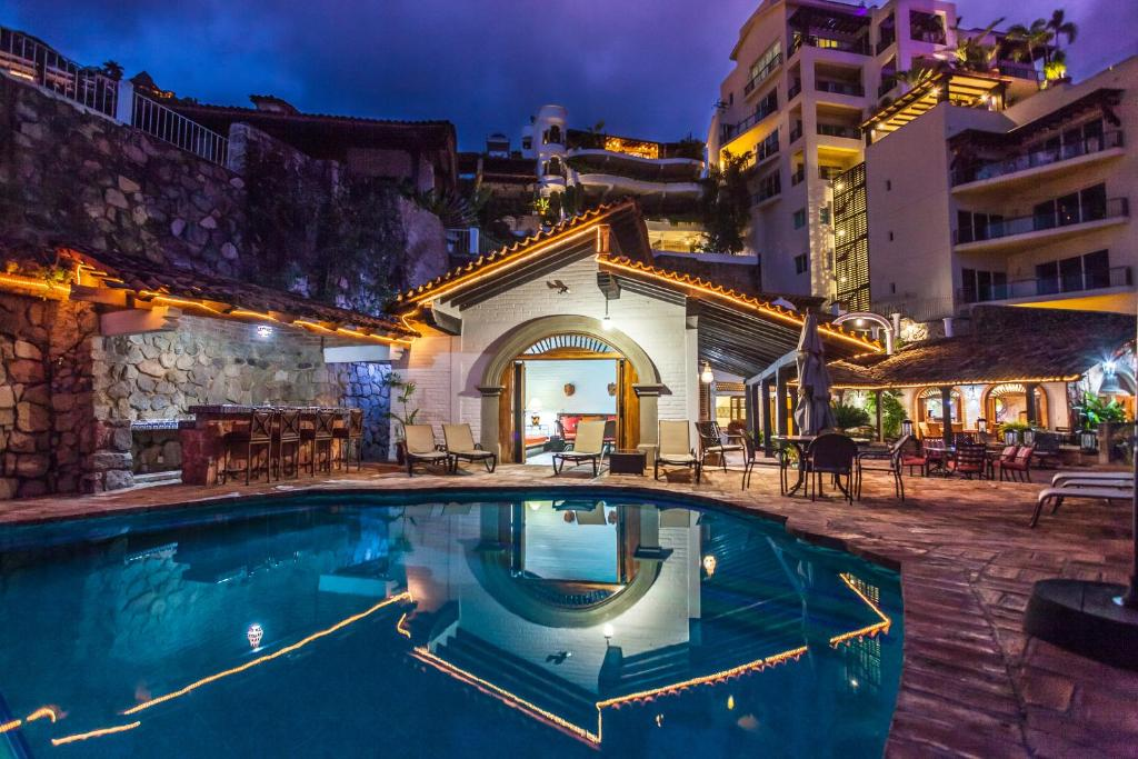 The swimming pool at or near Villa Celeste