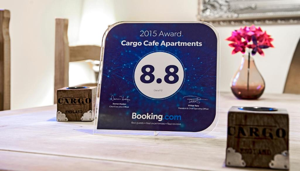 Cargo Cafe Apartments - Laterooms