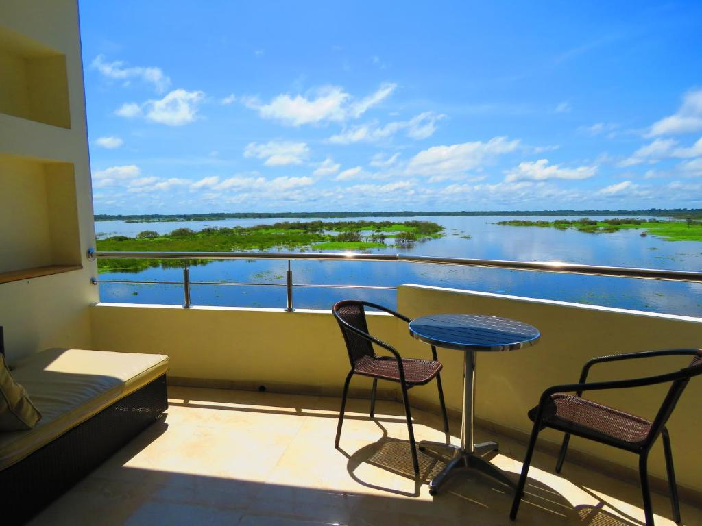 A balcony or terrace at Boulevard 251 Riverside Apartments