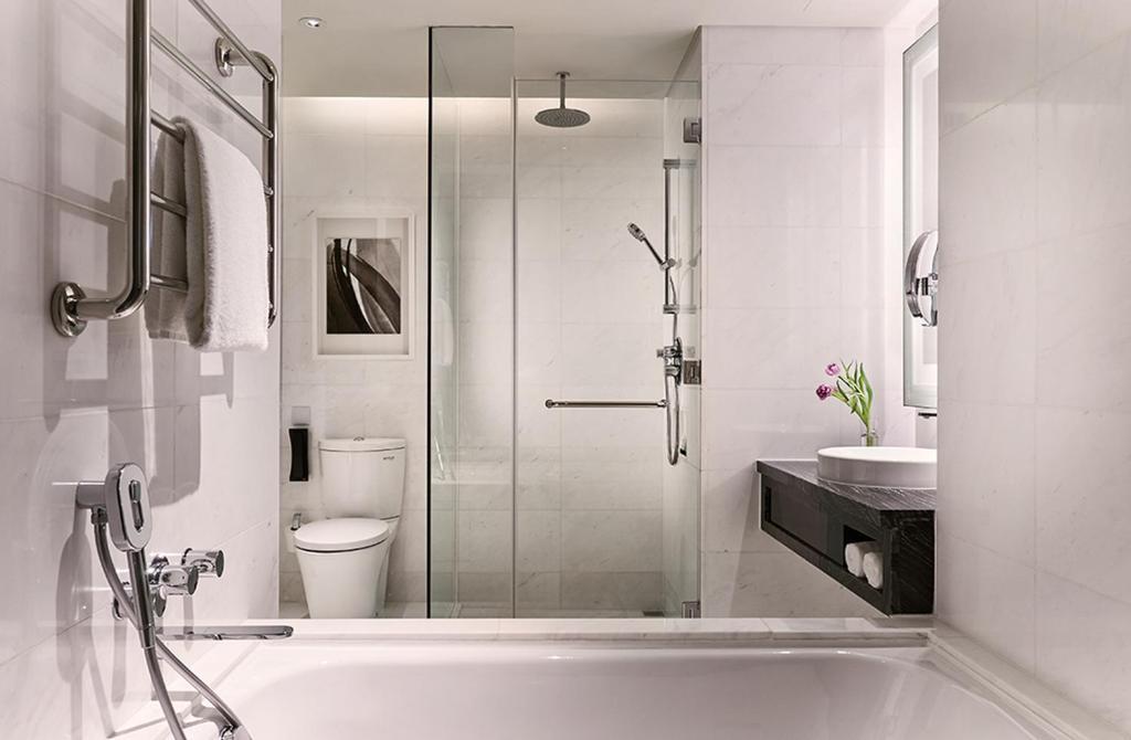 Ein Badezimmer in der Unterkunft Carlton City Hotel Singapore (SG Clean)