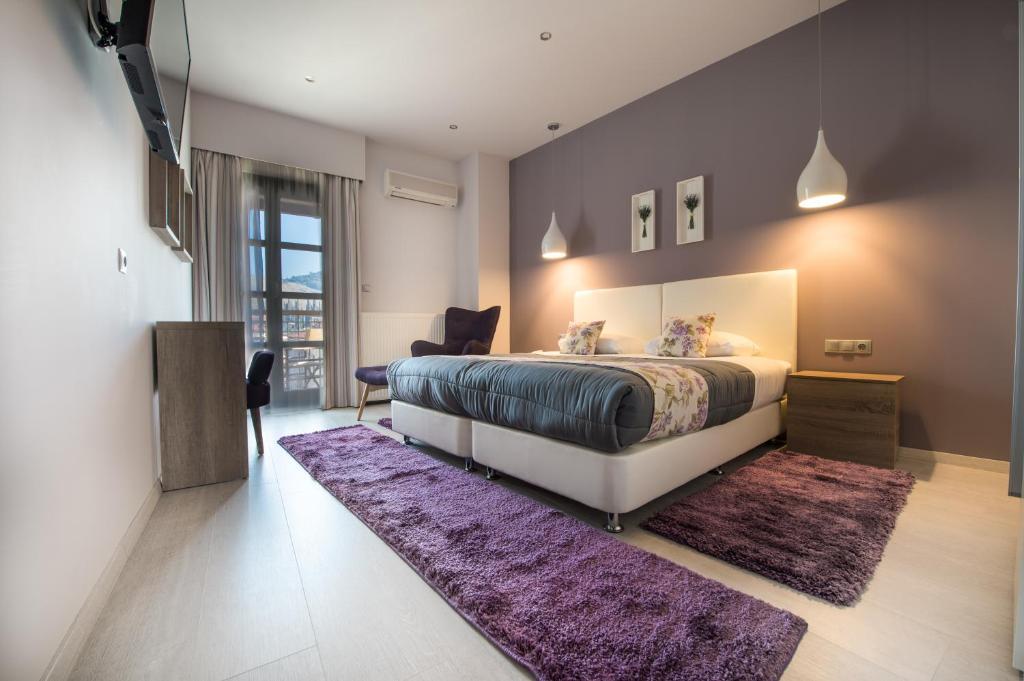 Ένα ή περισσότερα κρεβάτια σε δωμάτιο στο Filoxenia Hotel & Spa