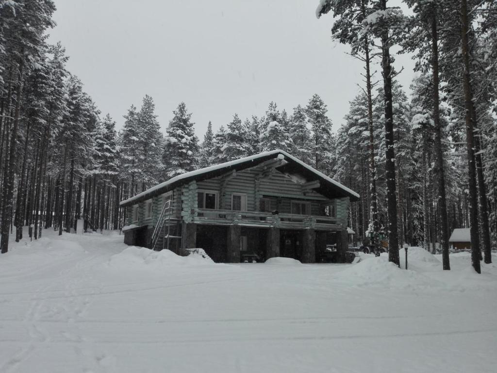 Загородный комплекс «Малая Медвежка» зимой