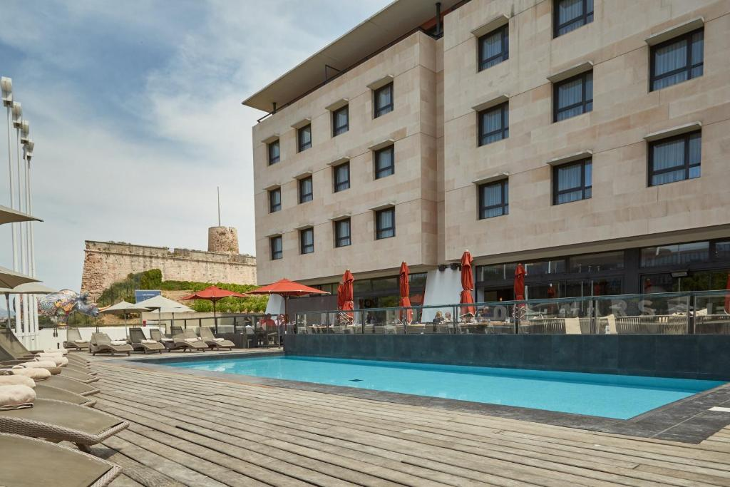 The swimming pool at or close to Newhotel of Marseille - Vieux Port
