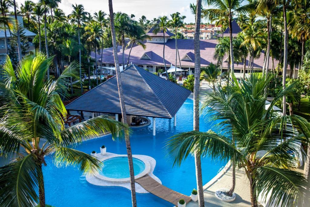 Uitzicht op het zwembad bij Vista Sol Punta Cana Beach Resort & Spa - All Inclusive of in de buurt