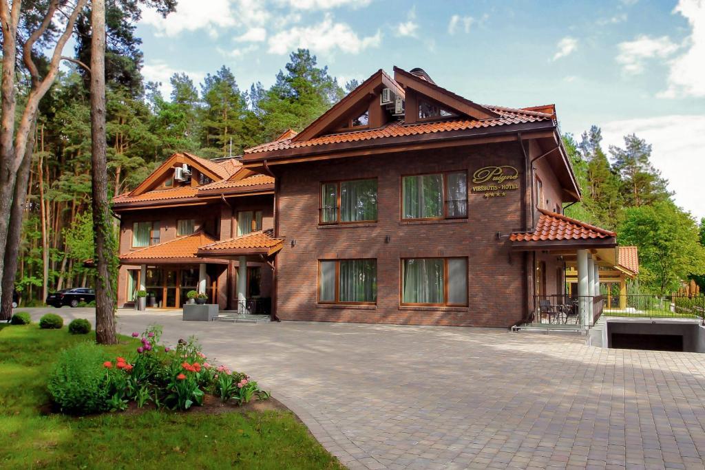 Pusyne Birstonas, Lithuania
