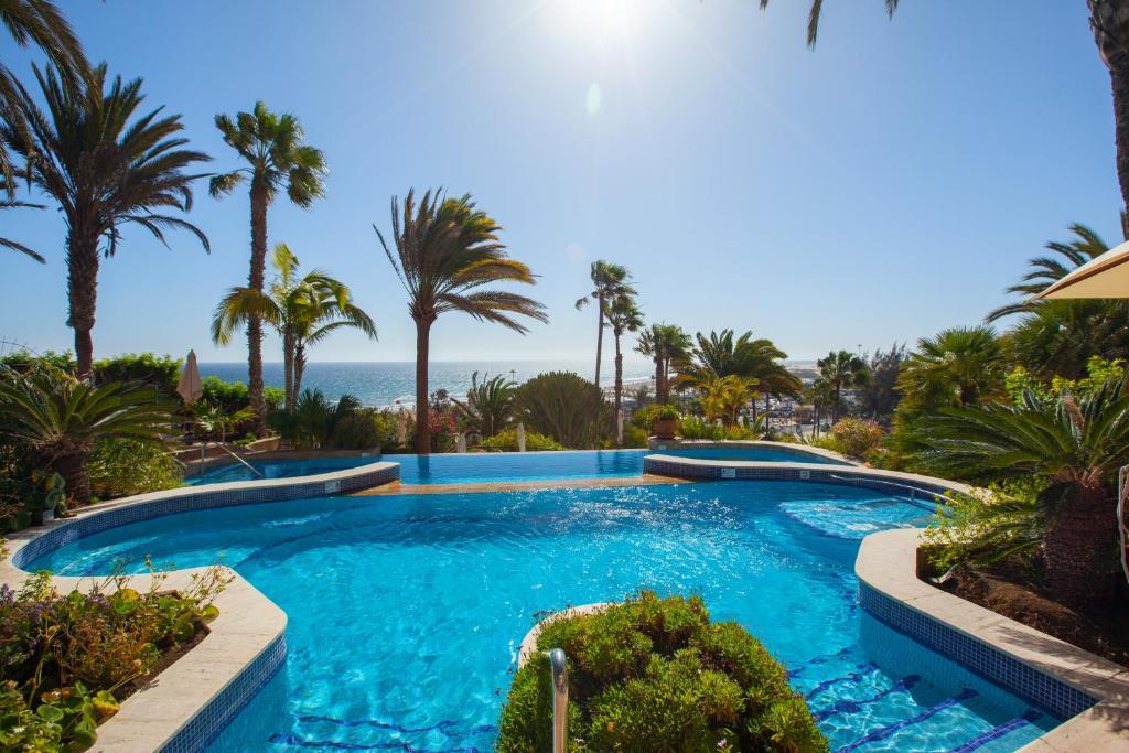 Piscina en o cerca de Corallium Dunamar by Lopesan Hotels