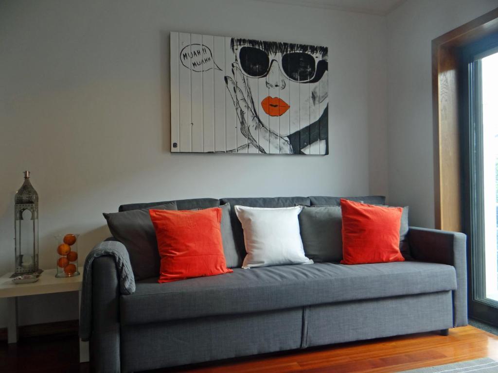 Uma área de estar em S. João Porto Apartment