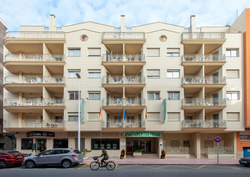 Apartamentos Turisticos Fresno - Laterooms