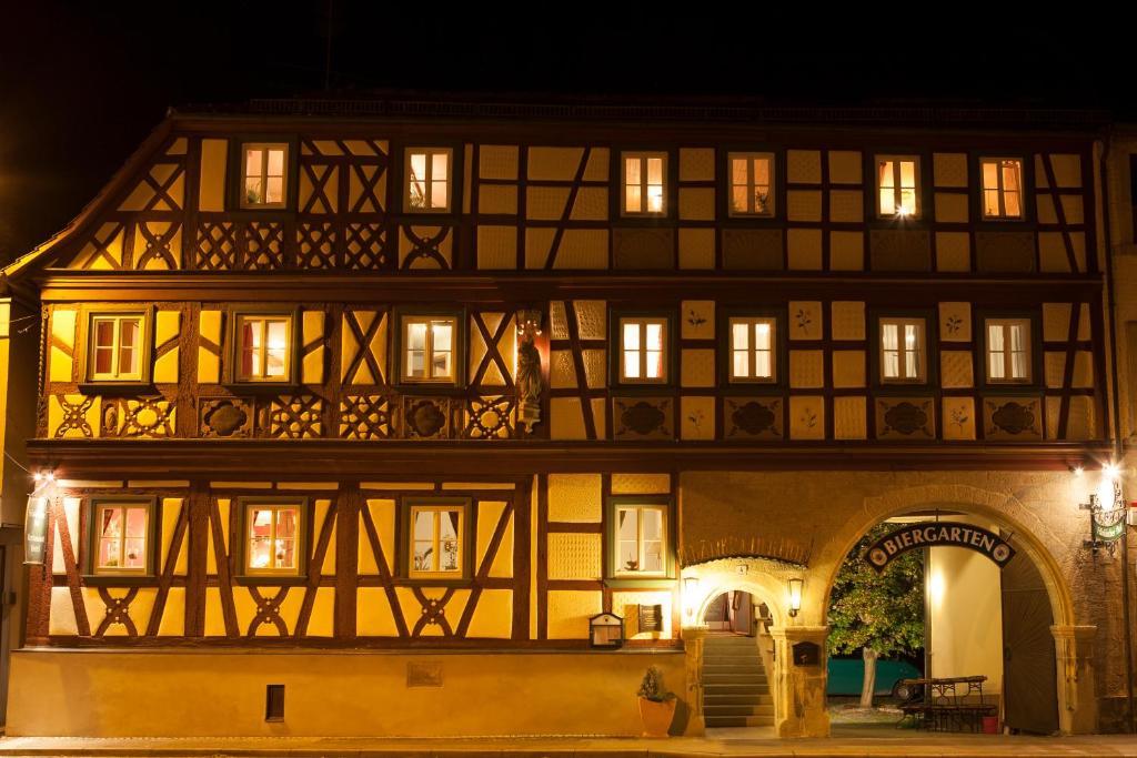 Hotel Frankischer Hof Hofheim In Unterfranken Germany Booking Com