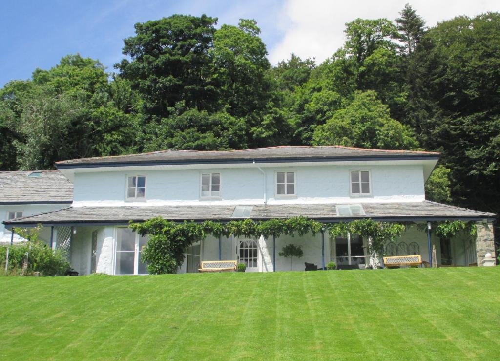 Plas Tan-Yr-Allt Historic Country House Luxury Accommodation - Laterooms