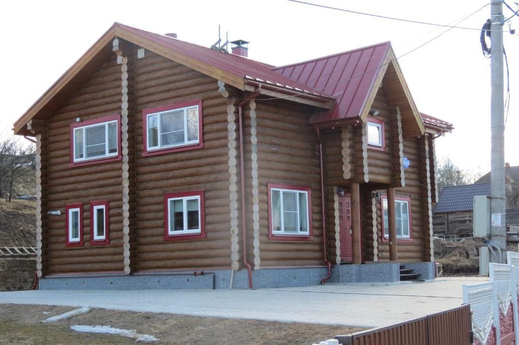 Gostevye Komnaty Pskovskaya 4A зимой