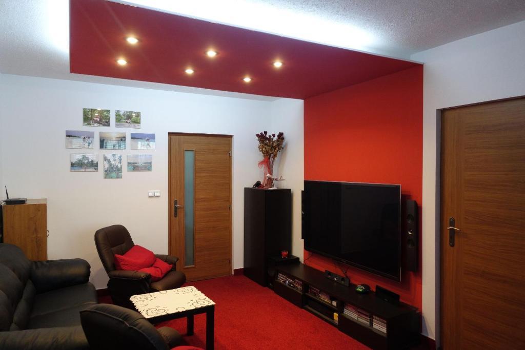 TV a/nebo společenská místnost v ubytování Apartmán Moravská Ostrava