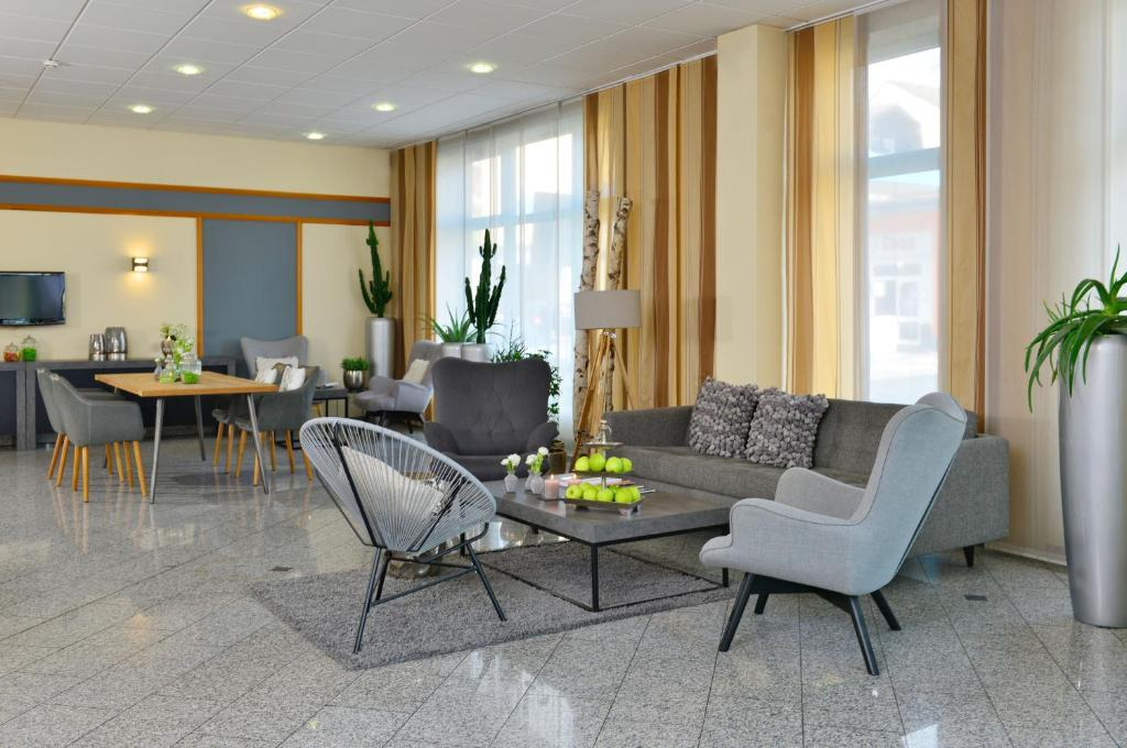 A seating area at Hotel Residenz Oberhausen