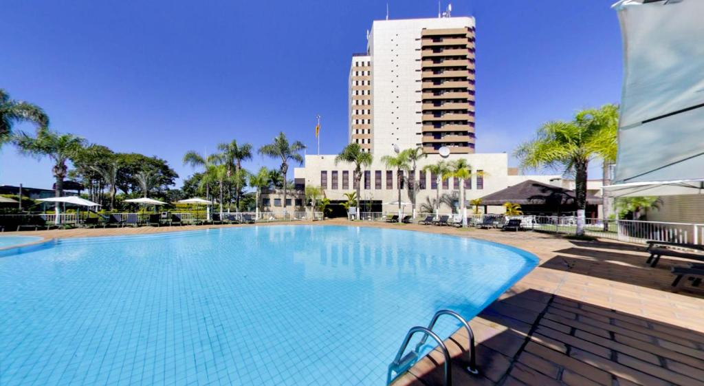 The swimming pool at or near Marques Plaza Hotel