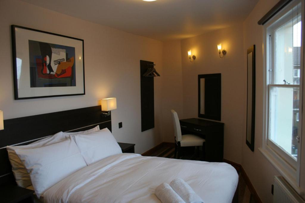 Baytree Hotel - Laterooms