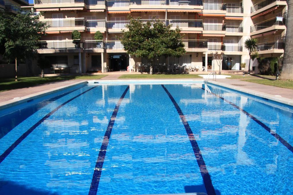 The swimming pool at or near Apartamento en Familia