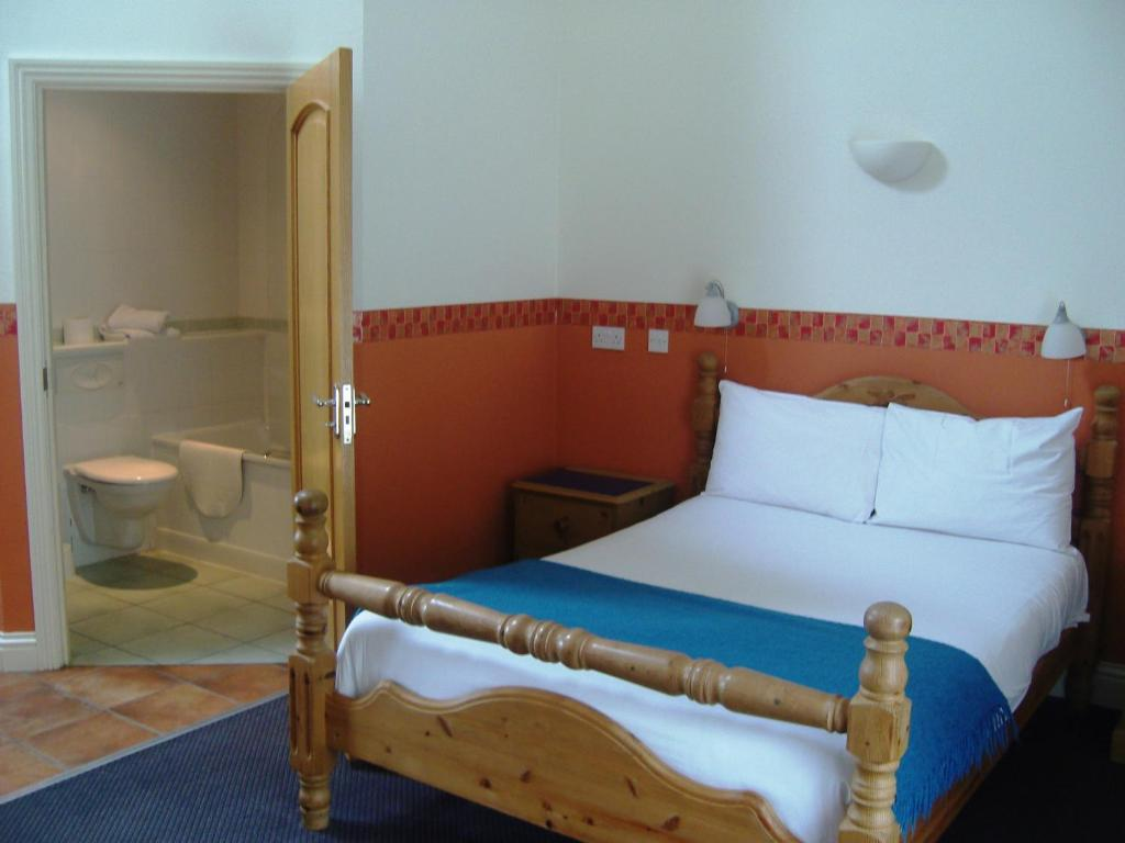 Manor House Hotel - Laterooms