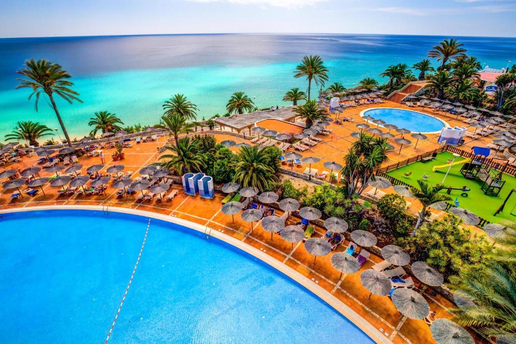 Een luchtfoto van SBH Club Paraiso Playa