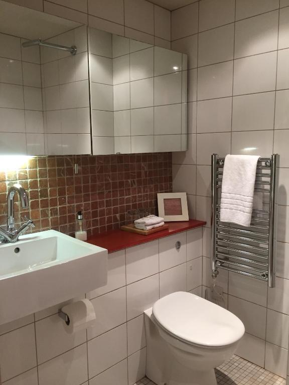 Manorhaus Ruthin - Restaurant with rooms - Laterooms