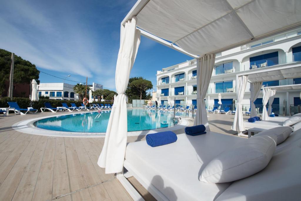 Piscina en o cerca de Masd Mediterraneo Hotel Apartamentos Spa