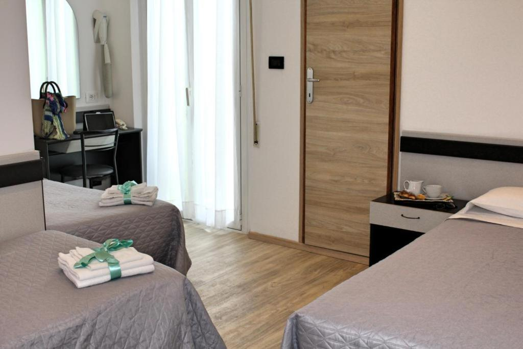 Hotel Tre Stelle - Laterooms