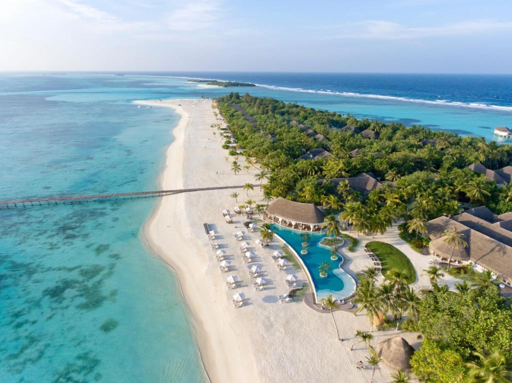 A bird's-eye view of Kanuhura Maldives