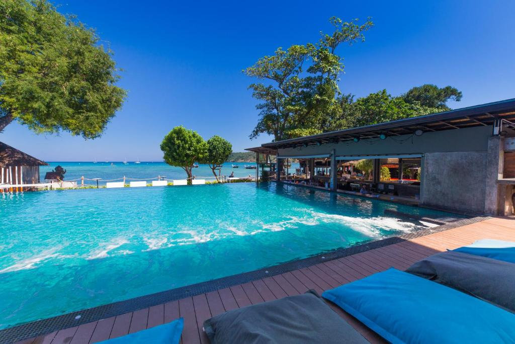 The swimming pool at or close to Ibiza House Phi Phi