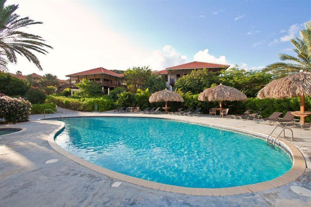 A piscina localizada em Villa at the Beach, Blue Bay Golf & Beach Resort ou nos arredores