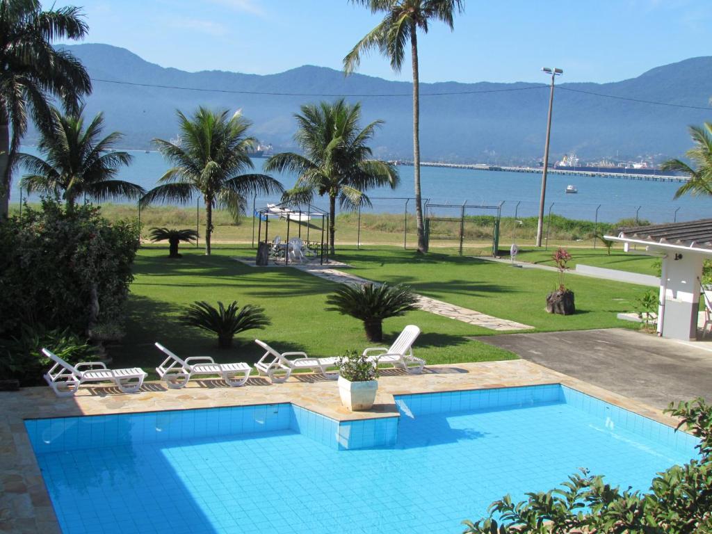 Вид на бассейн в Hotel Guarda Mor или окрестностях