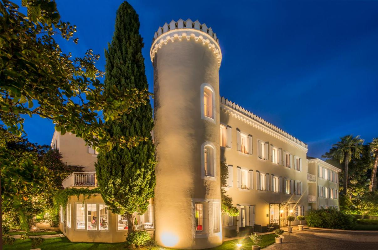 Hotel Chateau de la Tour - Laterooms