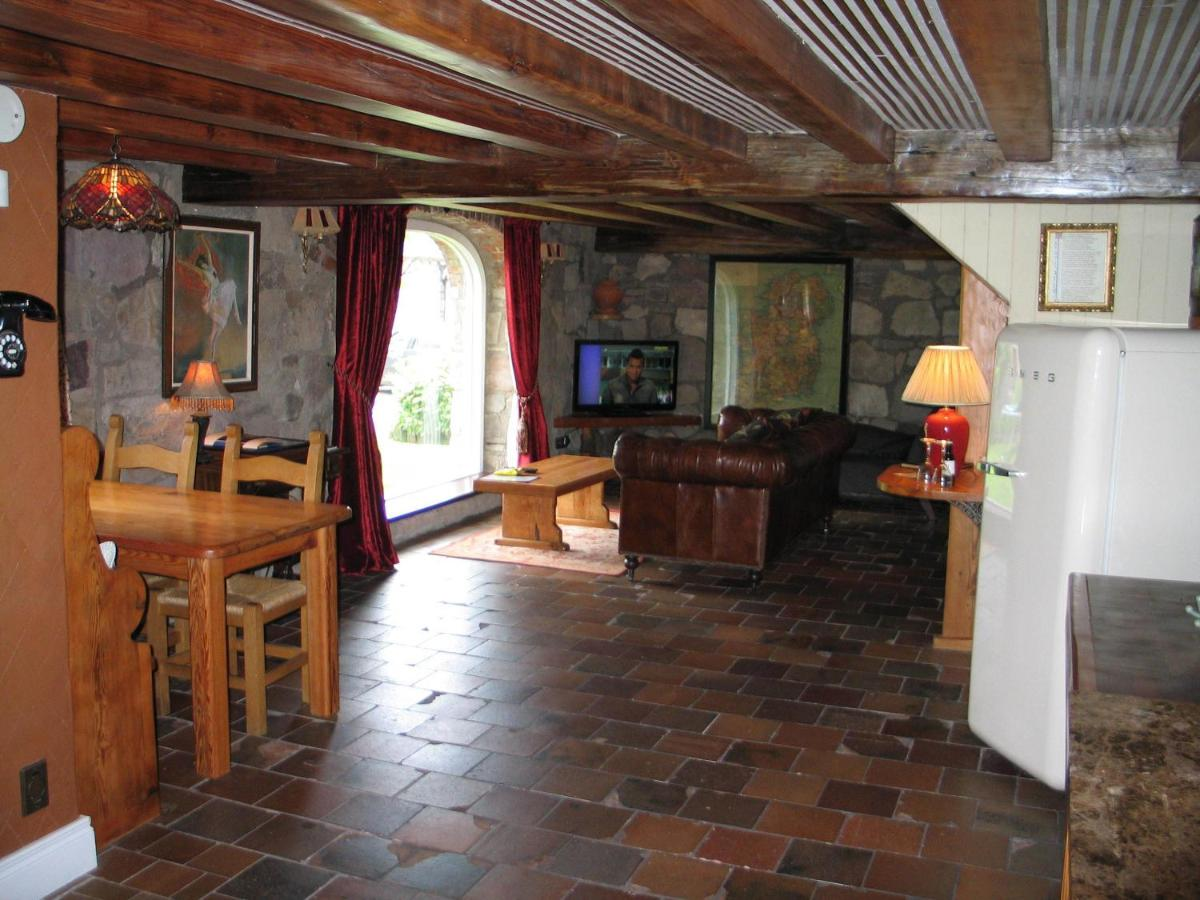 Clenaghans Restaurant and Accommodation - Laterooms