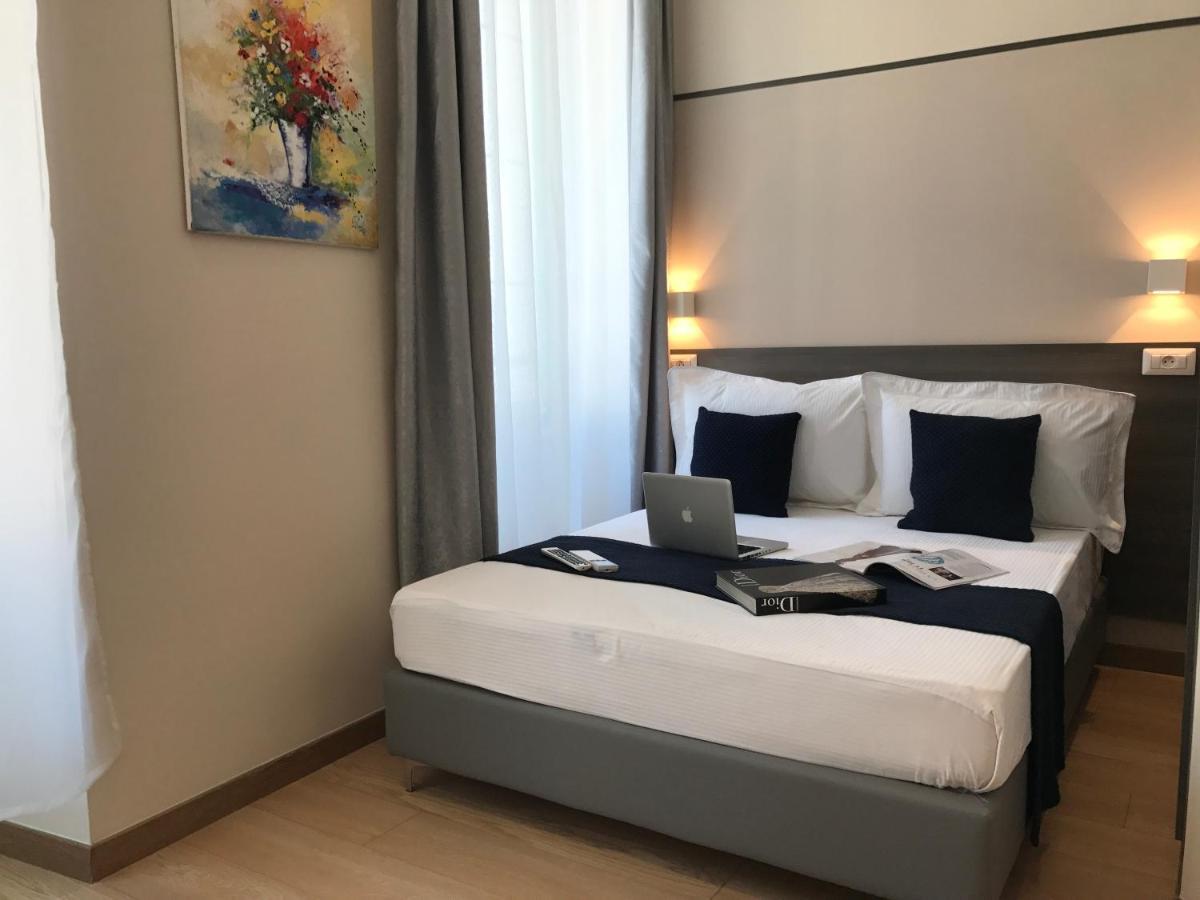 Hôtel Rex - Laterooms