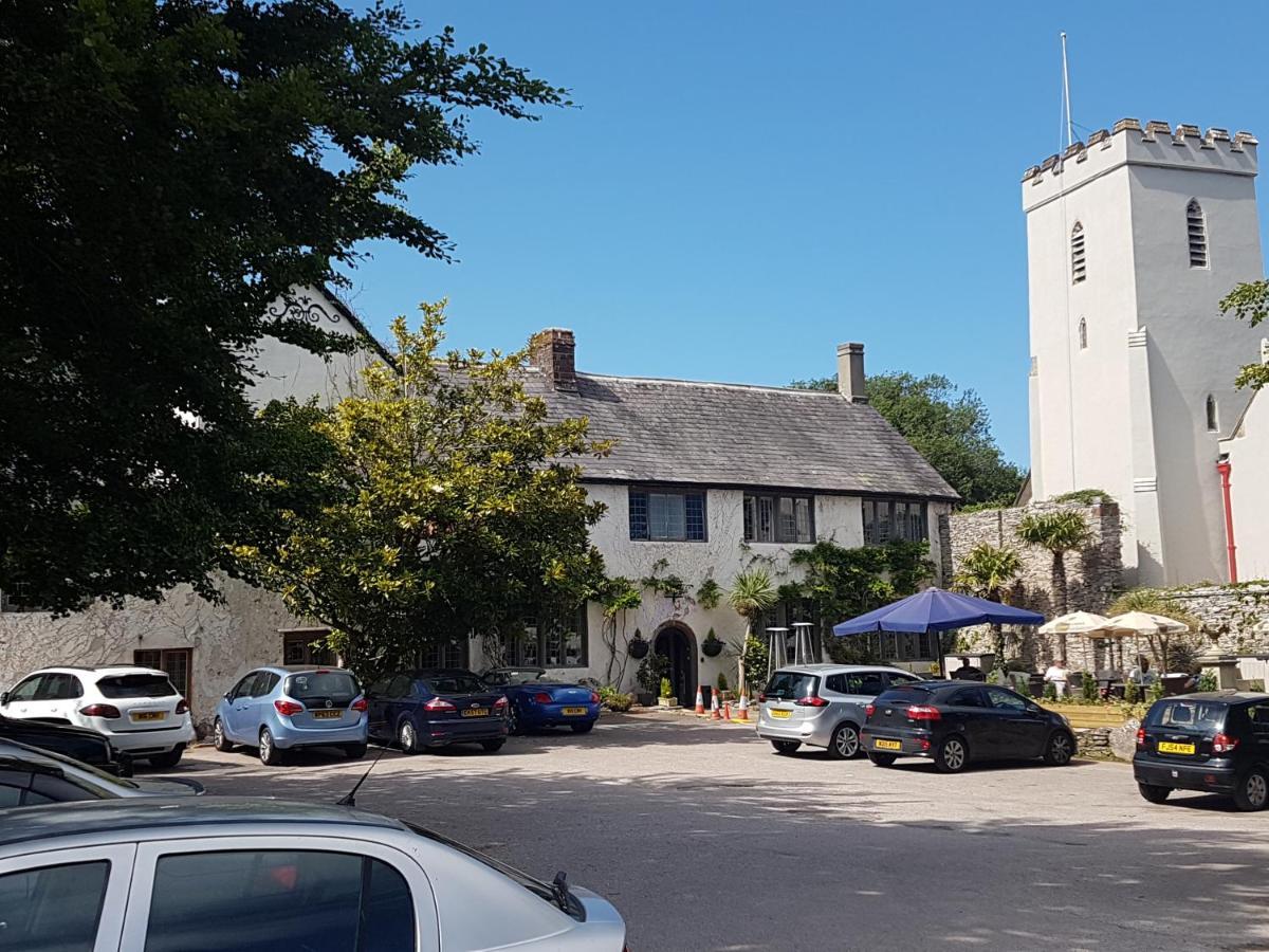Churston Court Inn - Laterooms