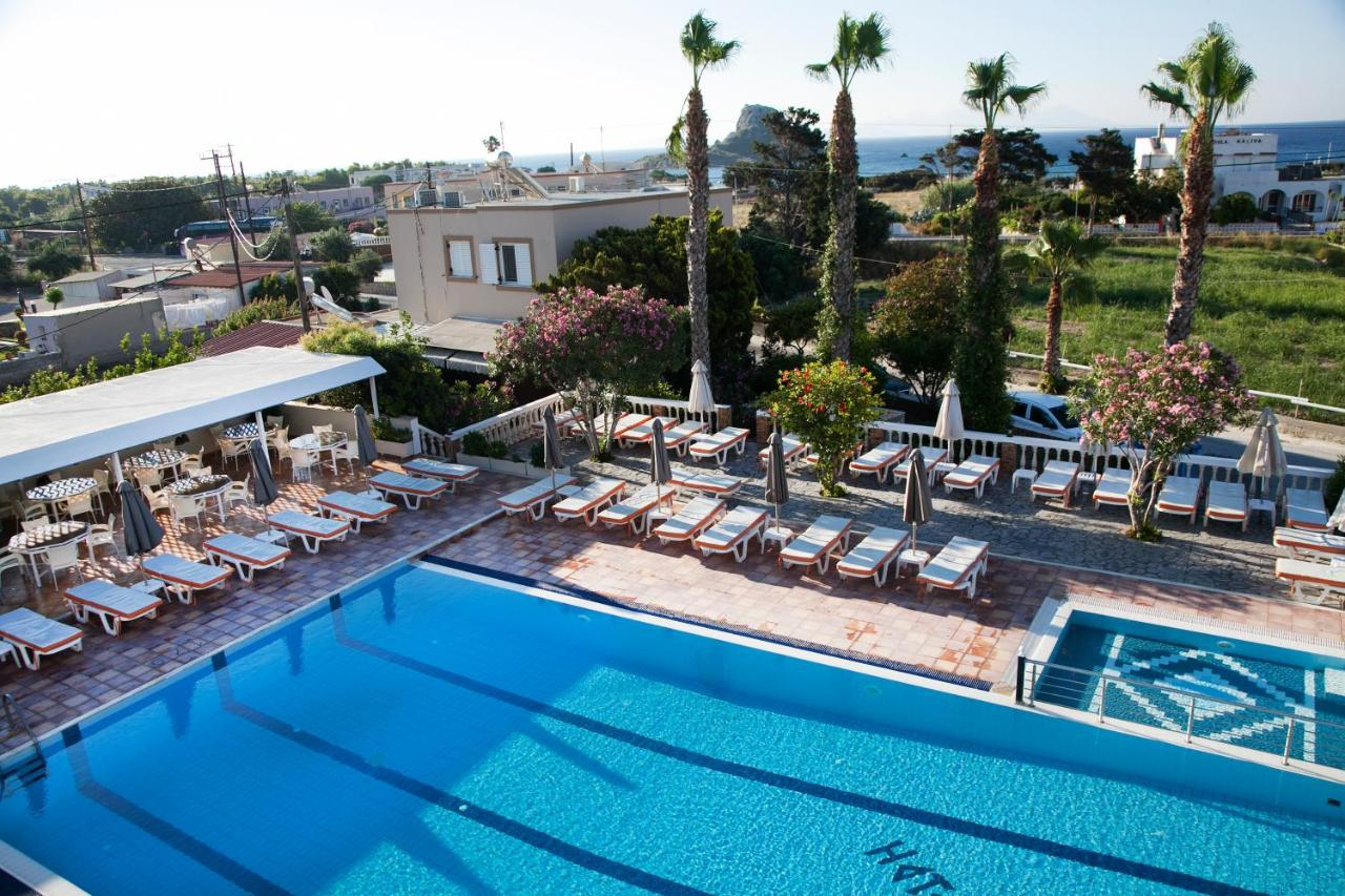 Zeus Hotel - Laterooms