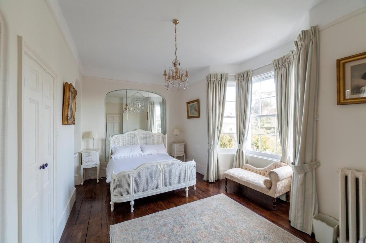 The Manor - Laterooms