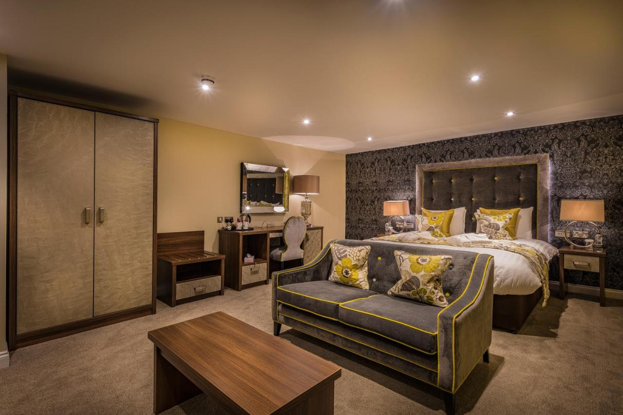 The Golden Lion Hotel - Laterooms