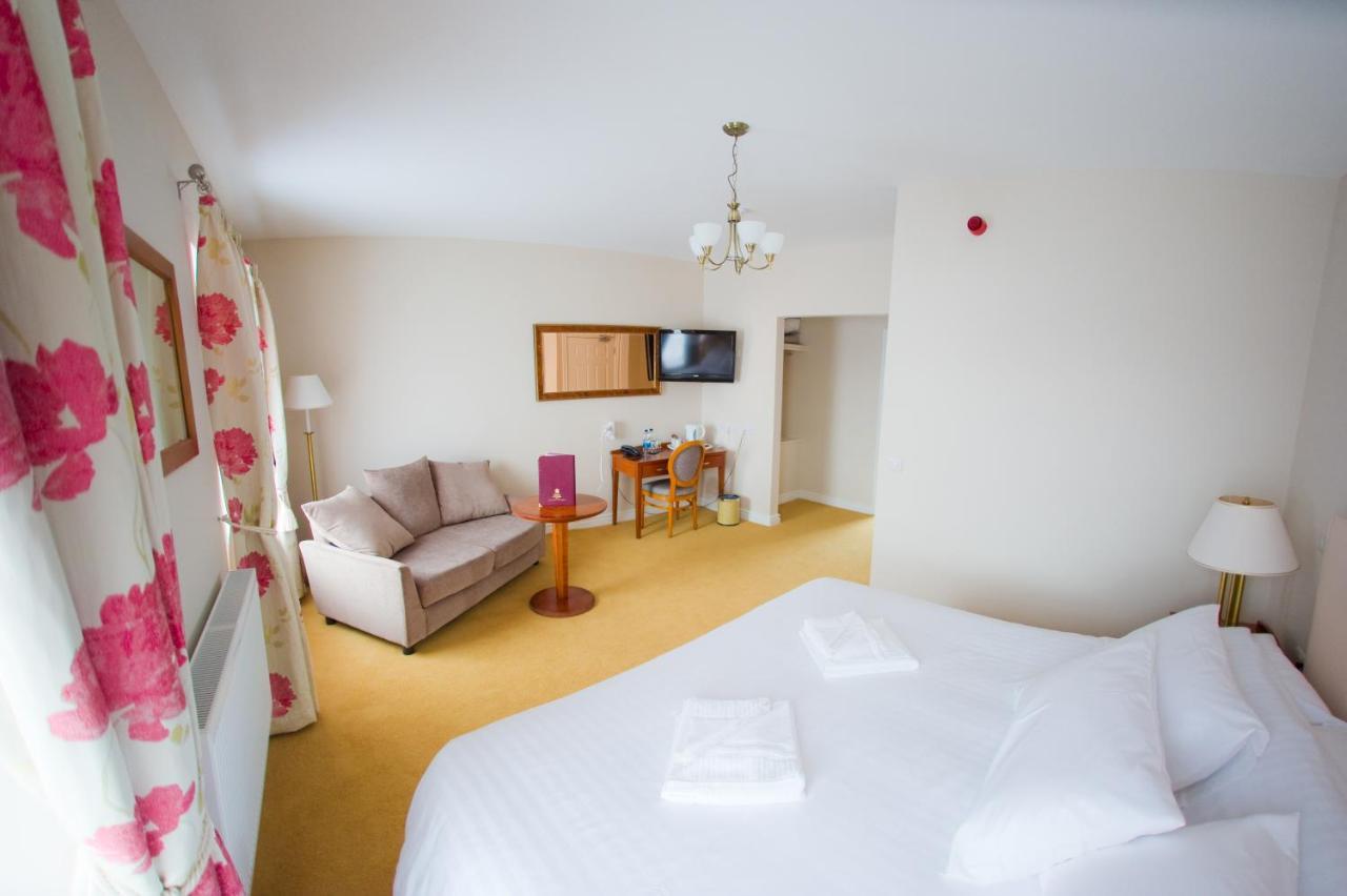 Four Seasons Hotel - Laterooms