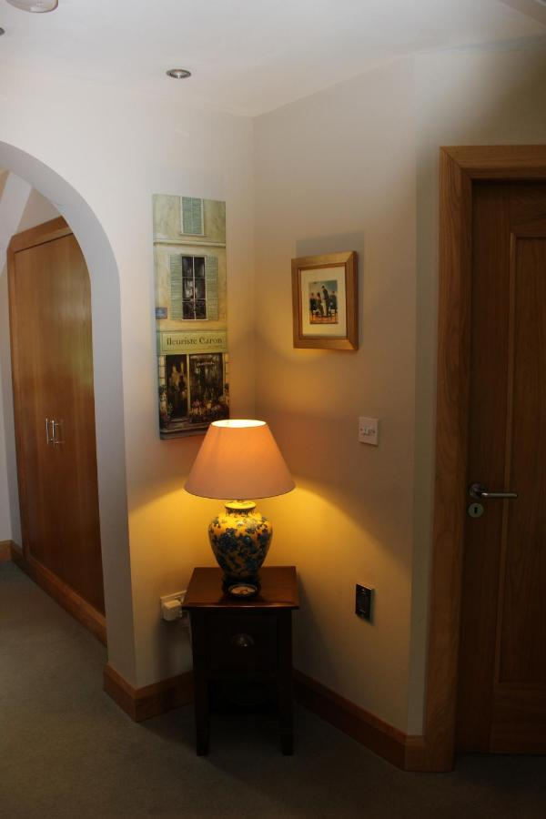 Crowfield House - Laterooms