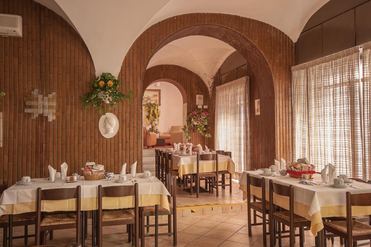 Tirreno Hotel - Laterooms