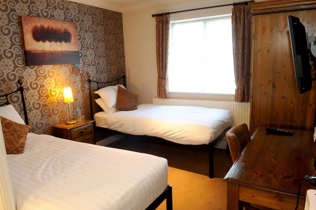 The Red Lion Hotel by Marstons Inns - Laterooms