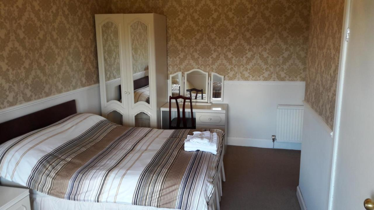 Capital House - Laterooms