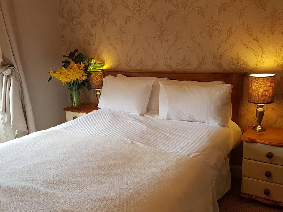 Plough Hotel - Laterooms