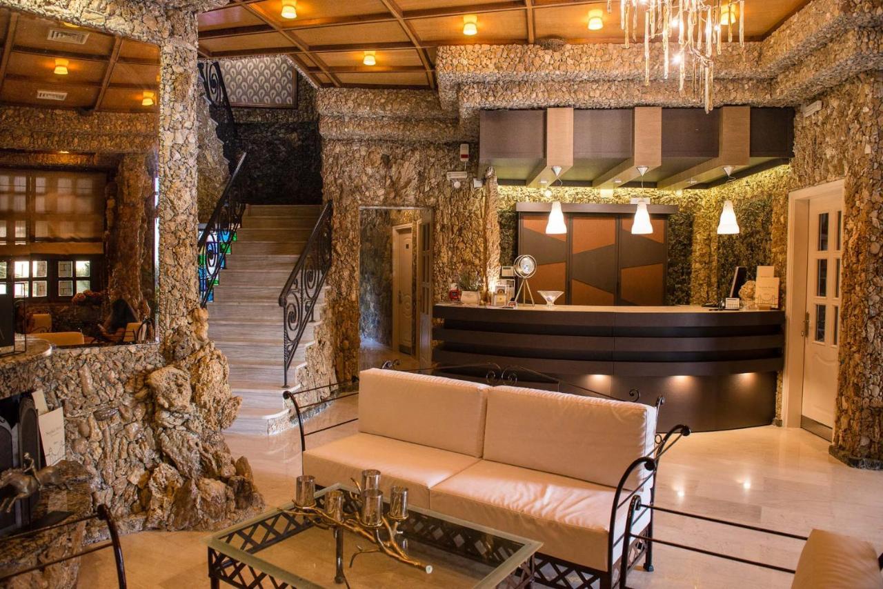 NEPHELI HOTEL - Laterooms