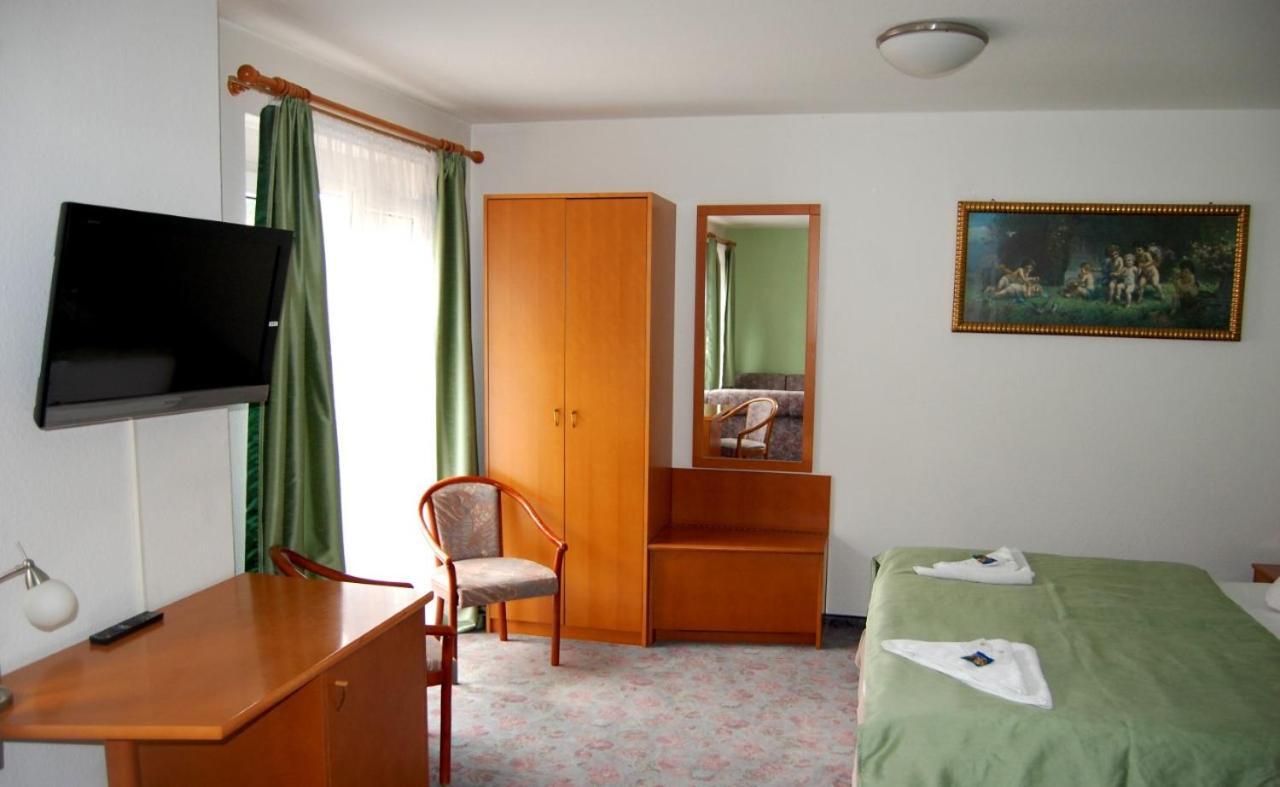 Hotel Am Markt - Laterooms
