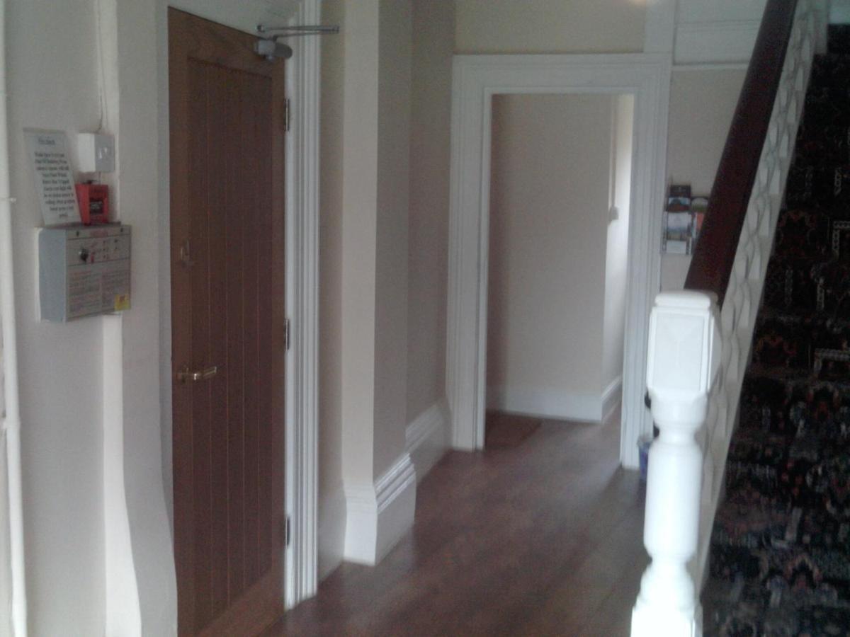 Carlton Apartments - Laterooms