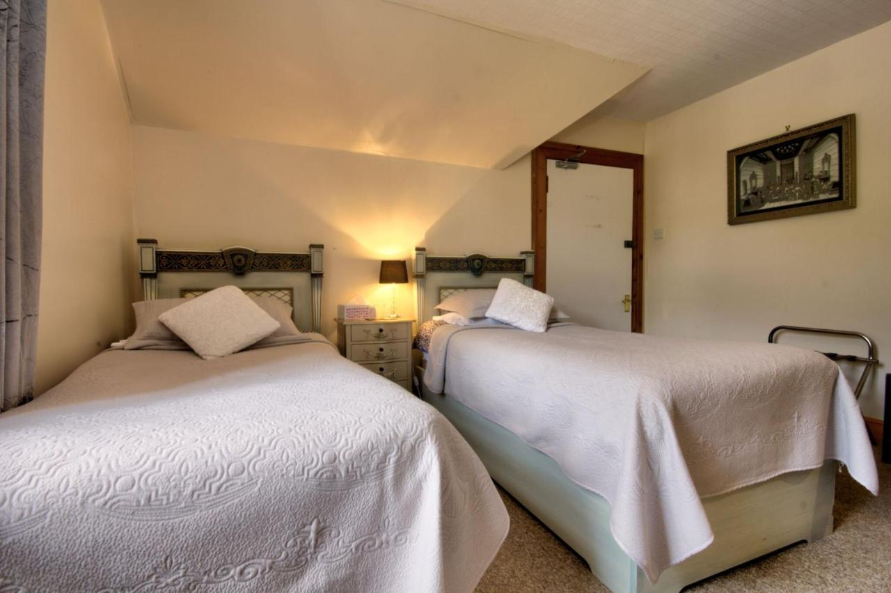Glasdair Bed and Breakfast - Laterooms
