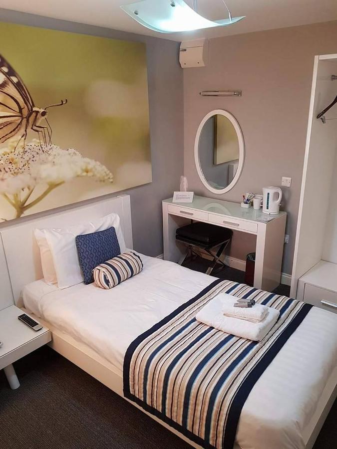 Riviera Hotel - Laterooms