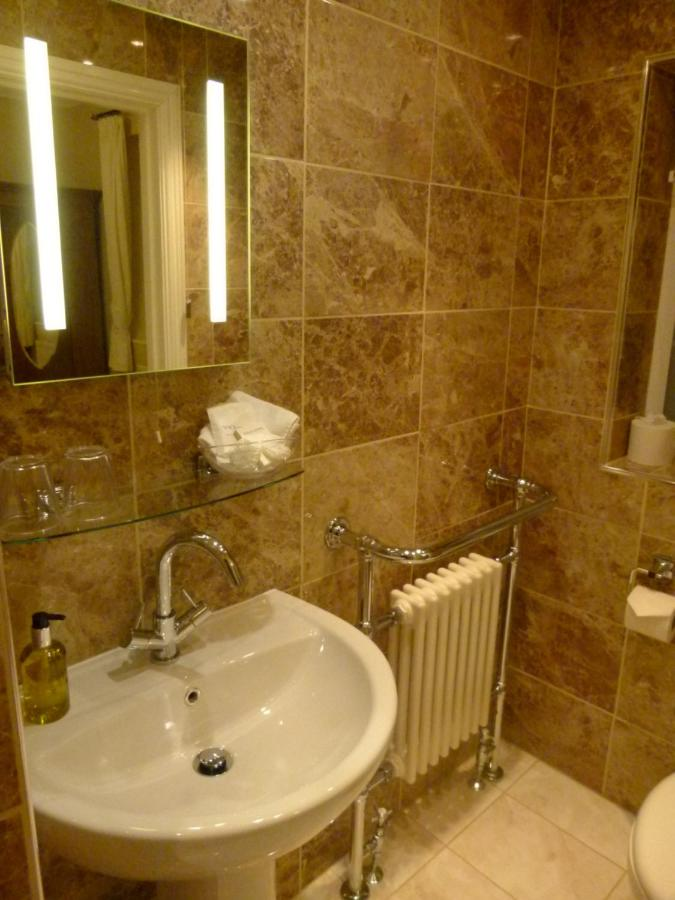 Deanfield Guest Accommodation - Laterooms